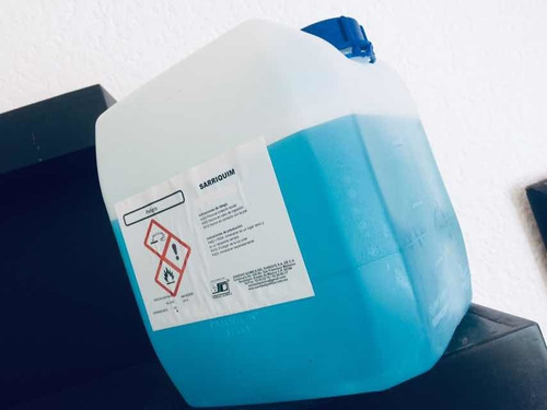 venta de productos químicos para limpieza y desinfección