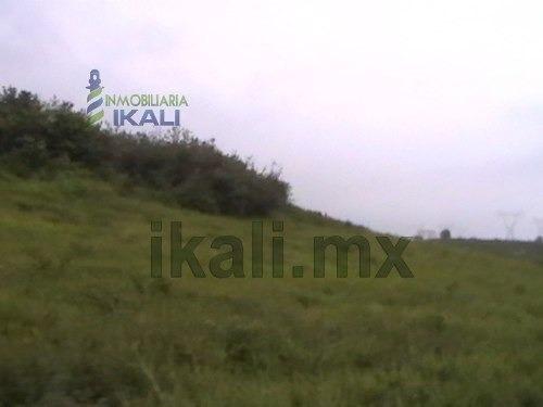 venta de rancho o finca ganadera, tuxpan veracruz en el camino al remate 10 hectáreas, que se encuentra ubicado sobre el camino vecinal a la comunidad el remate del municipio de tuxpan, veracruz y a