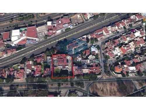 venta de residencia cerca de plaza satélite, inversionistas