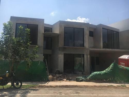 venta de residencia en privada punta lago