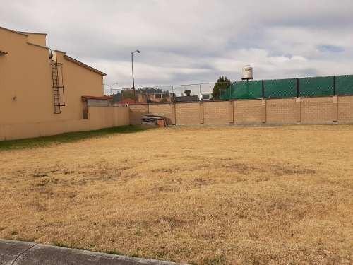 venta de terreno dentro de  residencial en metepec