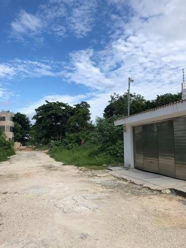 venta de terreno en av huayacan cancún 200m2  $845,000.00