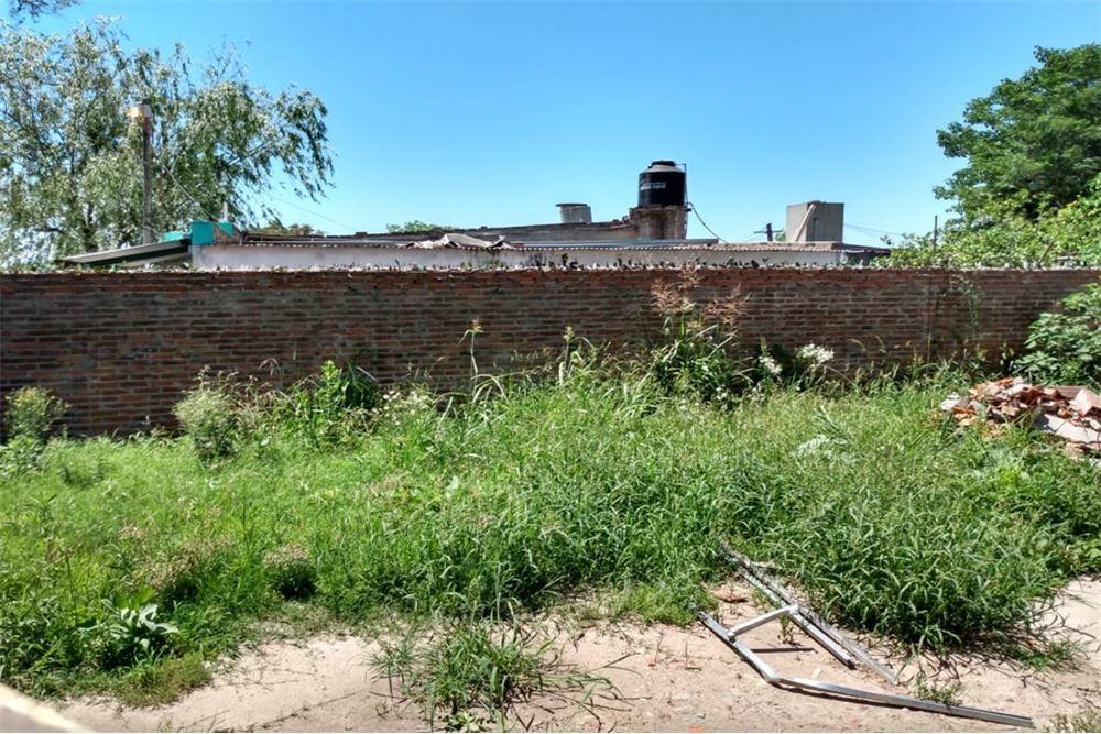 venta de terreno en barrio cabaña leiva