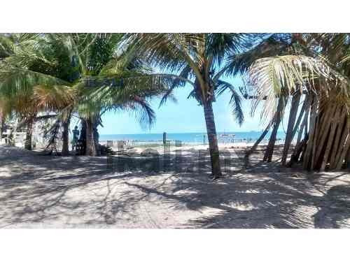 venta de terreno en la playa de tuxpan, veracruz de 619 m², se encuentra ubicado en la calle arrecife de la playa, cuenta con 619.20 m², son 20 m de frente por 31.19 m de fondo, cuenta con pozo y fos