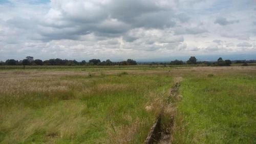 venta de terreno industrial,cerca carretera