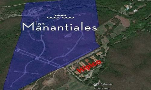 venta de terreno los manantiales zona carretera nacional