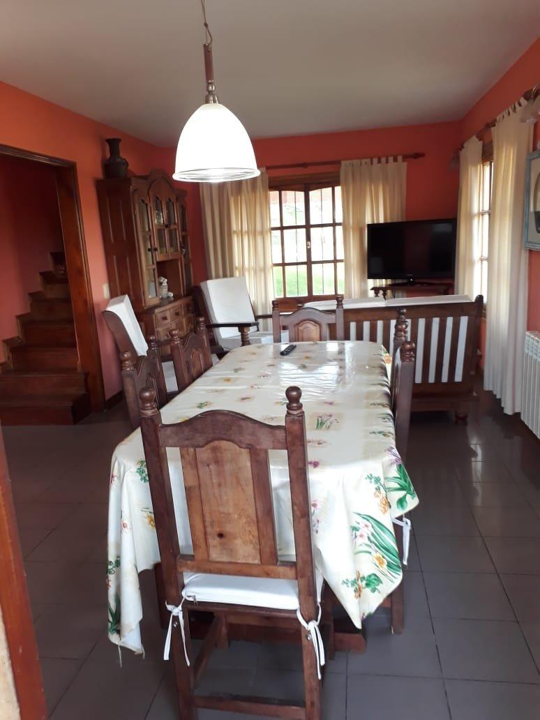 venta de terreno multifamiliar  con dos casas 1 un departamento a 1cuadra y media del mar