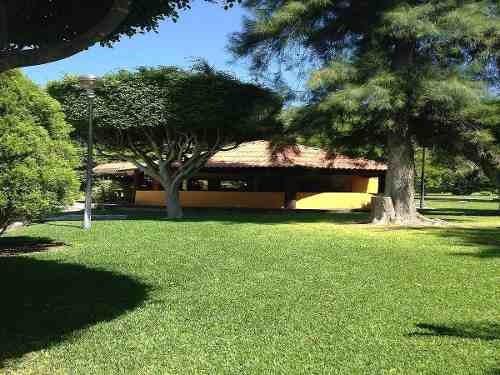 venta de terreno para construir tu casa de fin de semana cerca de las estacas!!