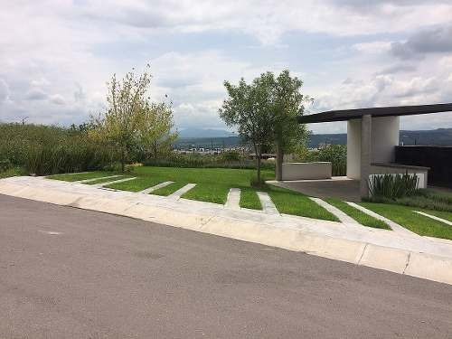 venta de terreno plano en corregidora, el condado de 180.08m2 habitacional