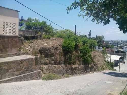 venta de terreno tuxpan veracruz colonia centro es un terreno de 463.17 m² son 25.55 m. de frente por 18.68 m. de fondo, se encuentra ubicado en la calle prolongación emiliano zapata entre las calles
