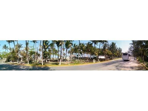 venta de terrenos en la playa de tuxpan ver z. restaurantera. ubicado en el boulevard lazaro cardenas km 1 atras de la terminal de camiones, atras de playa pacha, antes playa mis amores, en la zona r