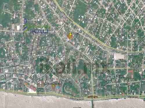 venta de terrenos tuxpan veracruz ubicado en la calle general bravo de la colonia centro, entre las calles colombia y clavijero, en area comercial y de alto trafico, es un terreno de 1110 m², de fren