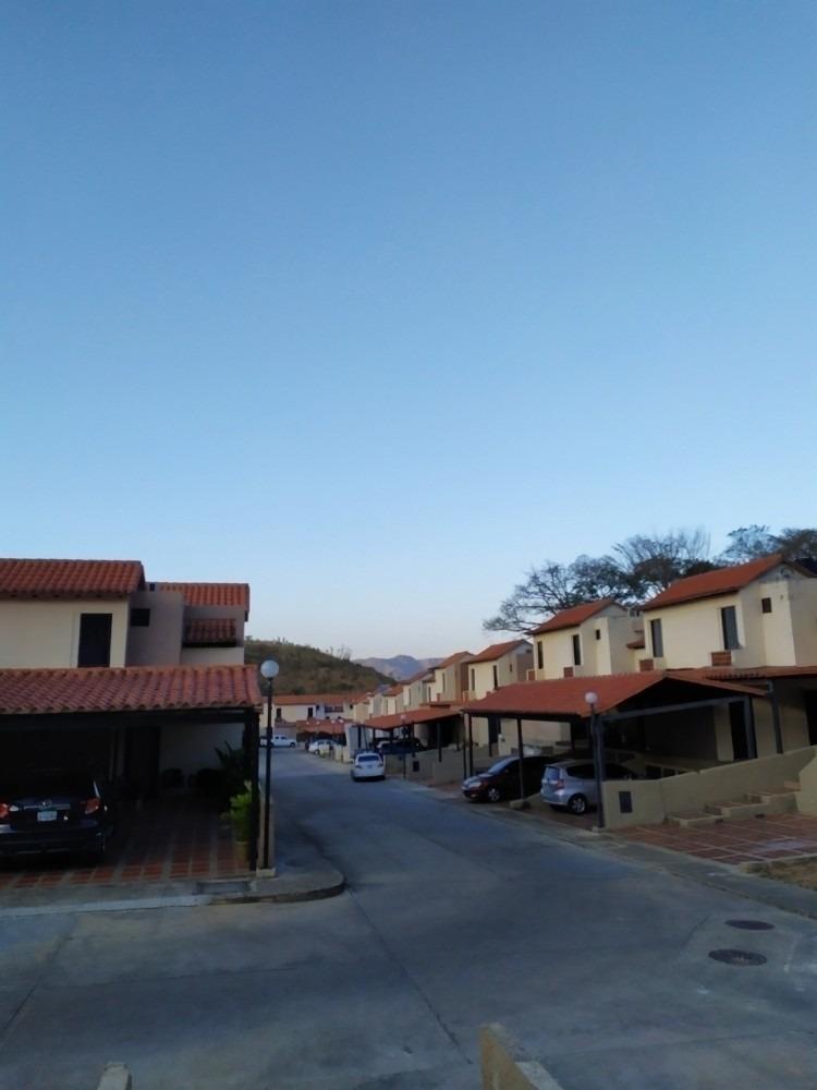 venta de townhouse en tazajal - lerry paez