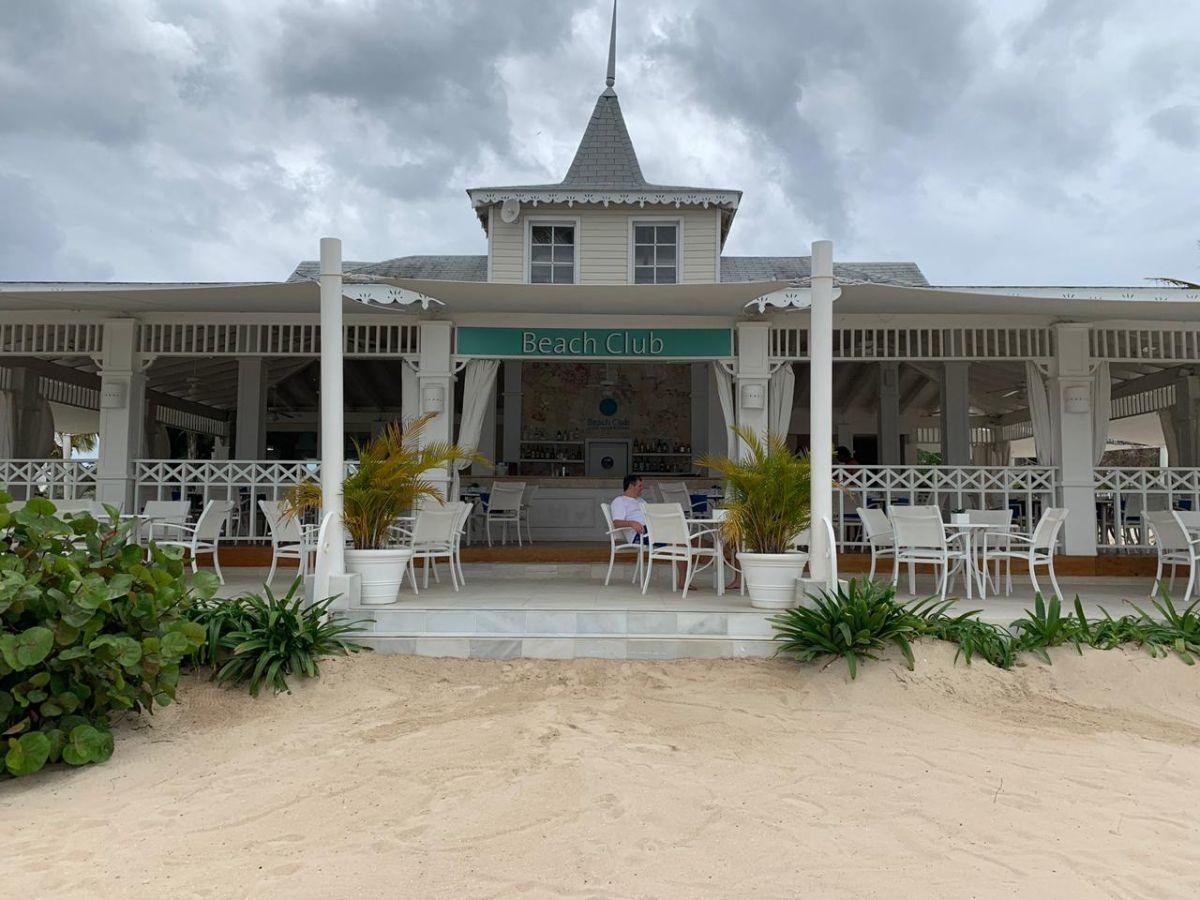 venta de villa-playa nueva, la romana