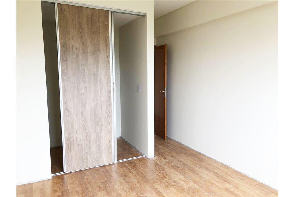 venta departamento 1 dormitorio 50m2 + balcon