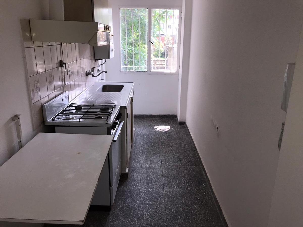 venta departamento 1 dormitorio balcon contrafrente la plata
