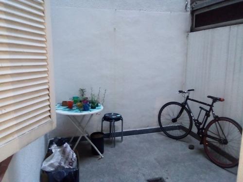 venta departamento 1 dormitorio con patio alquilado