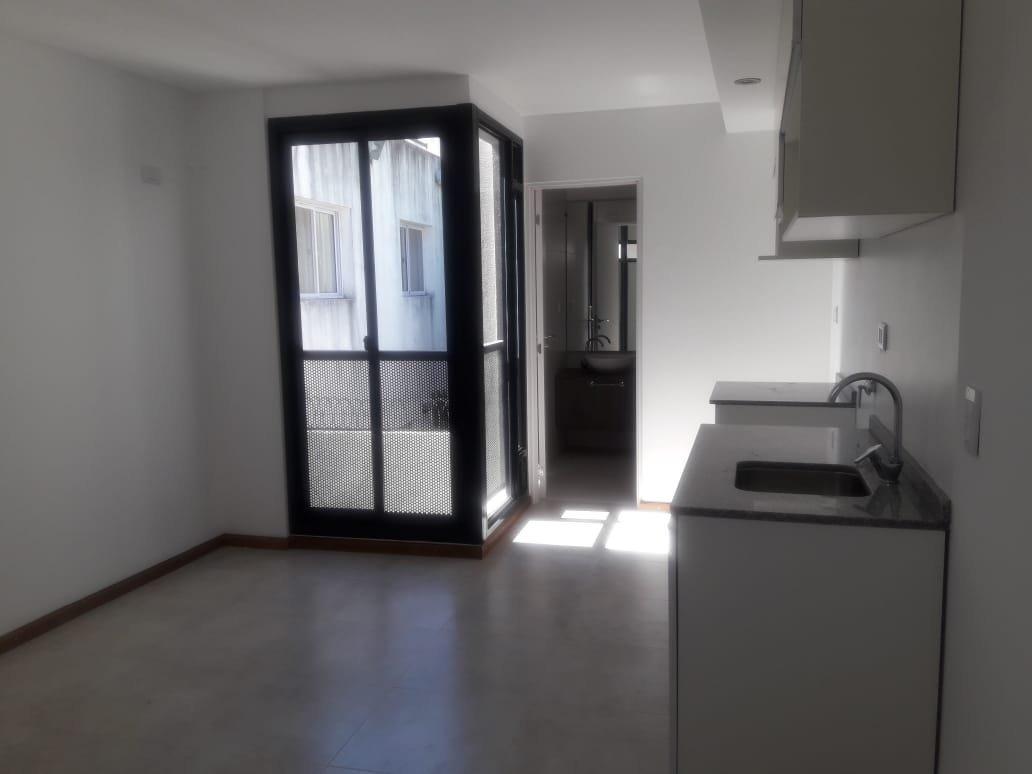 venta departamento 1 dormitorio interno en barrio martin - a estrenar