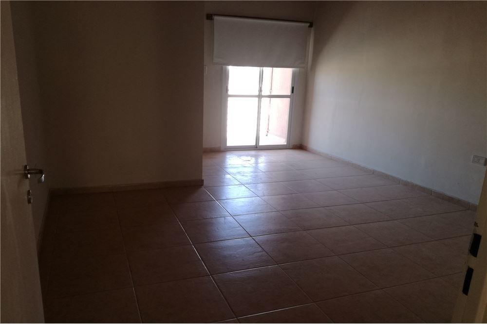 venta departamento 1 habitación en rivadavia