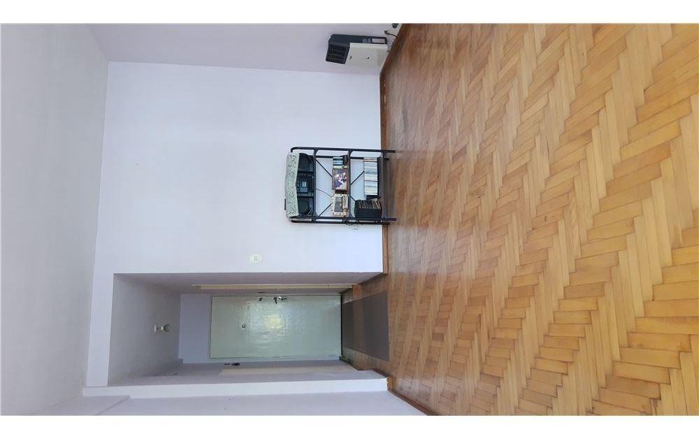 venta departamento 1°piso tres habitaciones abasto