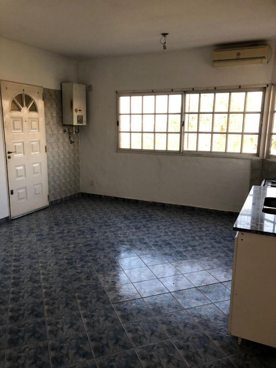 venta departamento 2 amb al frente, edificio con amenities