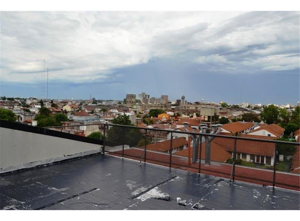 venta departamento 2 amb con balcón, y terraza. san justo