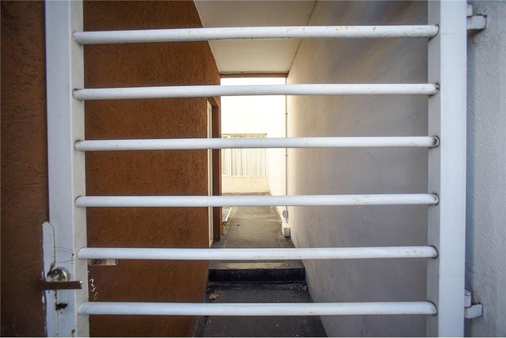 venta departamento 2 amb. estrenar, 1° piso frente