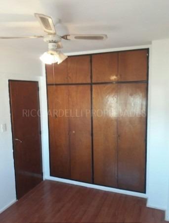 venta - departamento - 2 ambientes - caseros - apto crédito