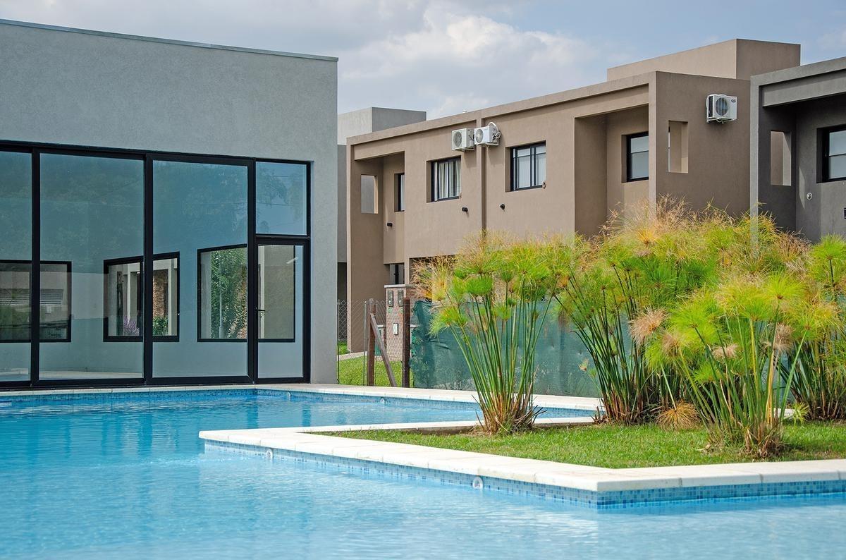 venta departamento 2 ambientes con cochera en barrio cerrado moreno