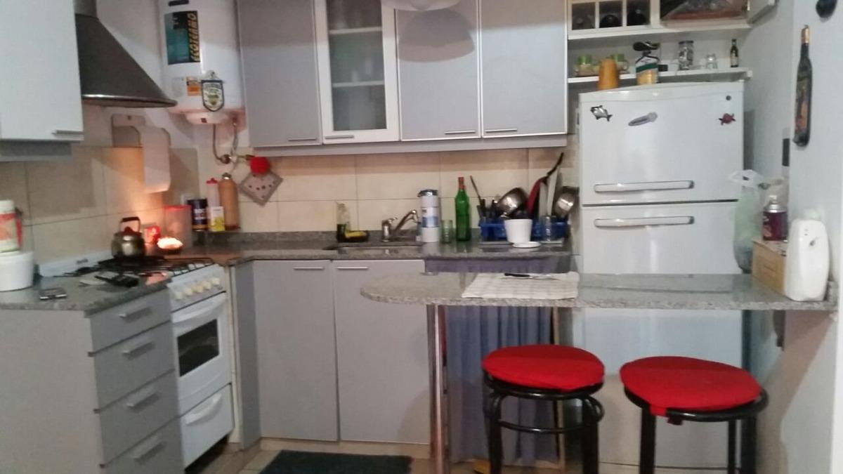 venta departamento 2 ambientes con opción a 3 martin coronado