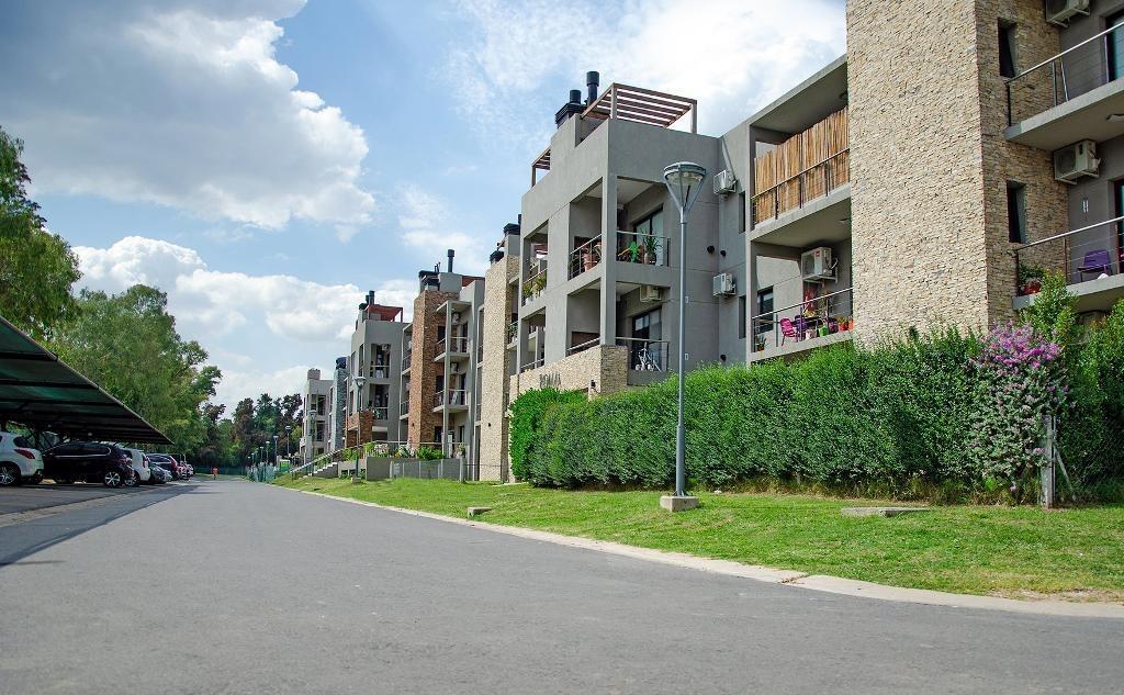 venta departamento 2 ambientes en barrio cerrado zona oeste moreno