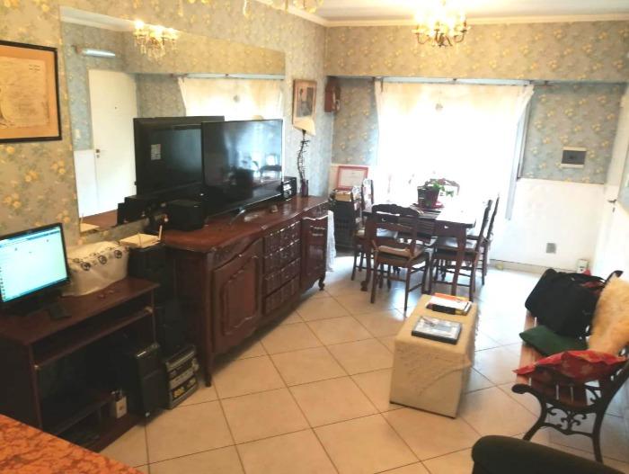 venta departamento 2 ambientes en condominio morón centro