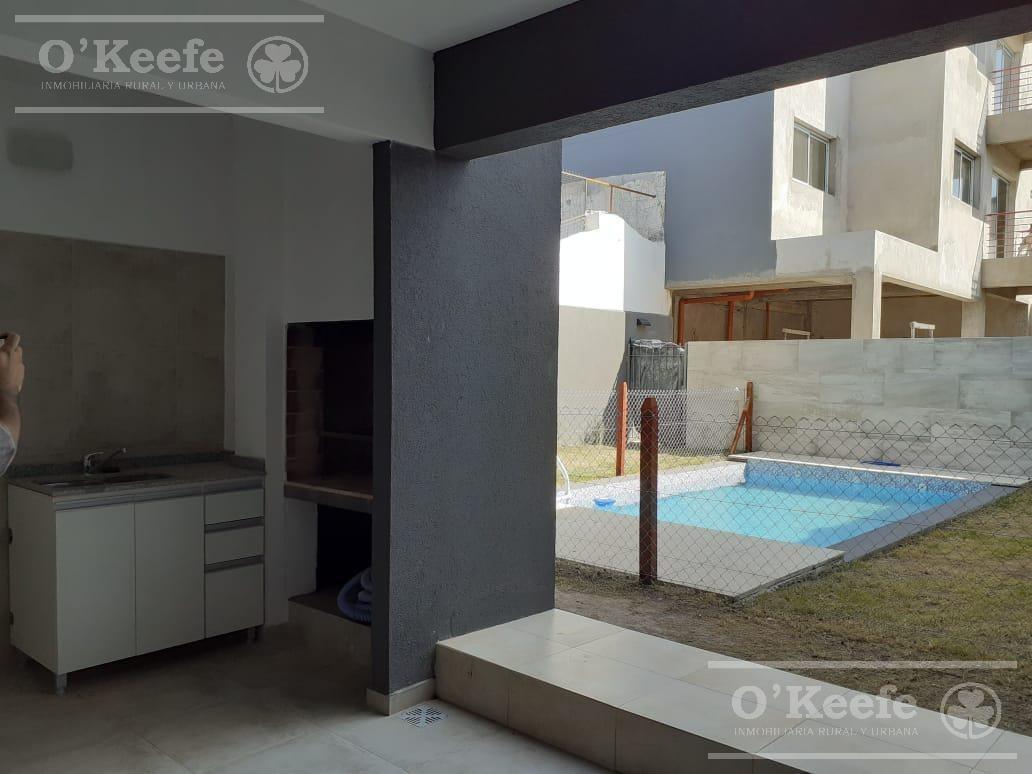 venta - departamento 2 ambientes en pleno bernal - excelentes accesos
