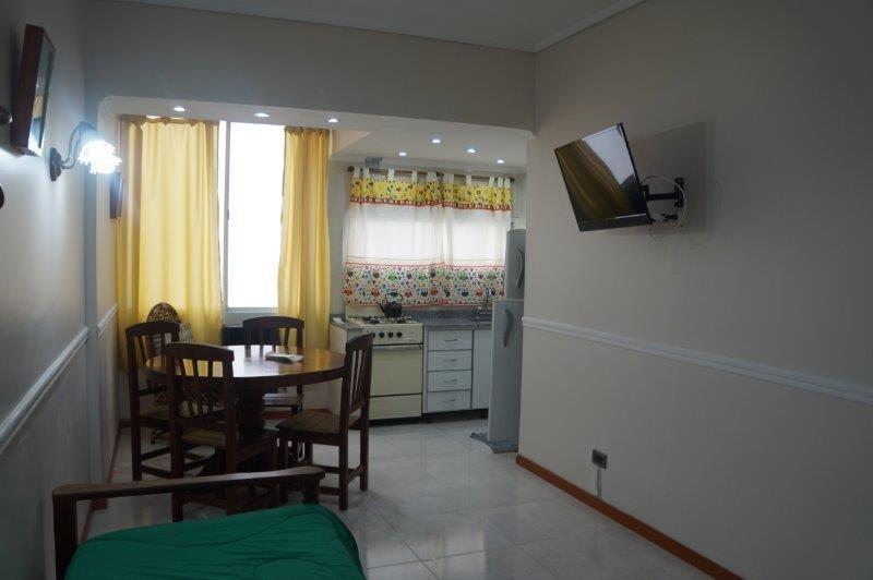 venta departamento 2 ambientes interno centro, mar del plata