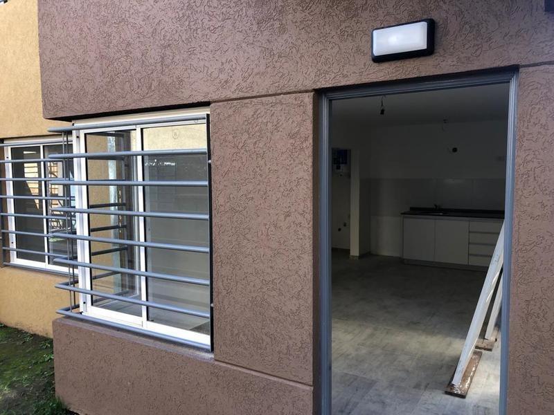 venta departamento 2 ambientes - josé c.paz
