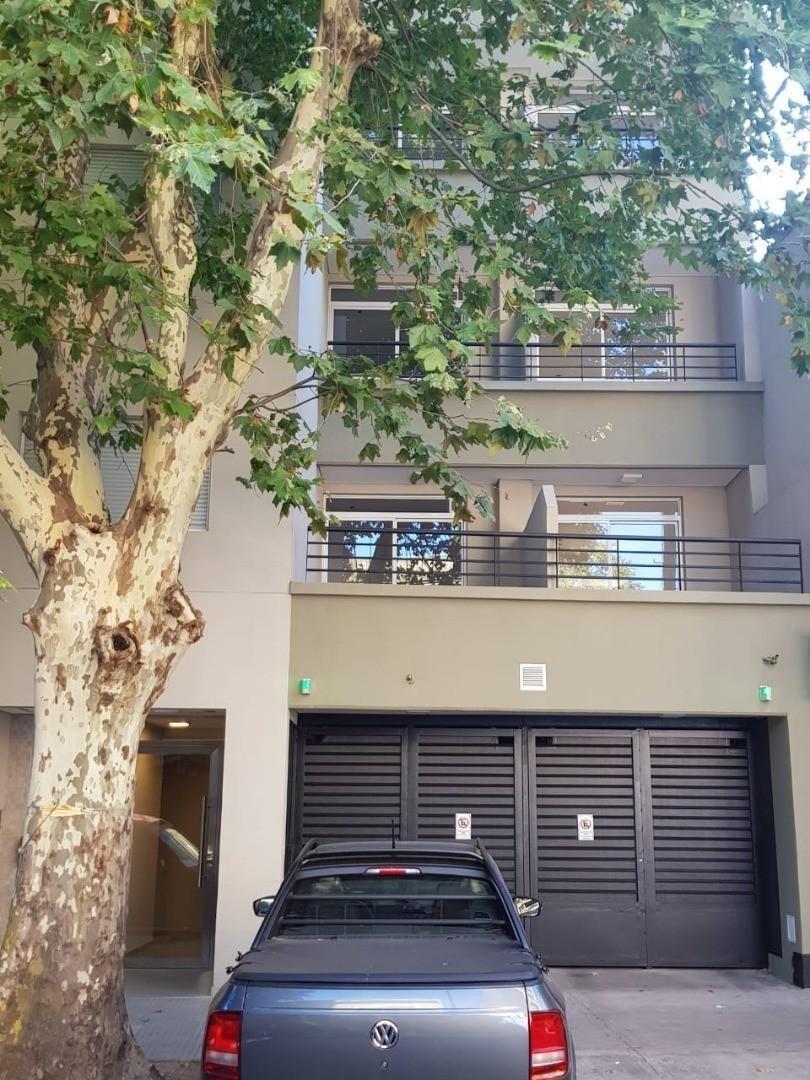 venta departamento 2 ambientes, villa luro- balcon