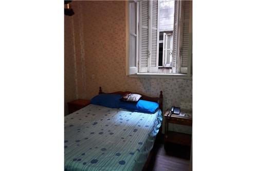 venta departamento 2 dormitorios céntrico.