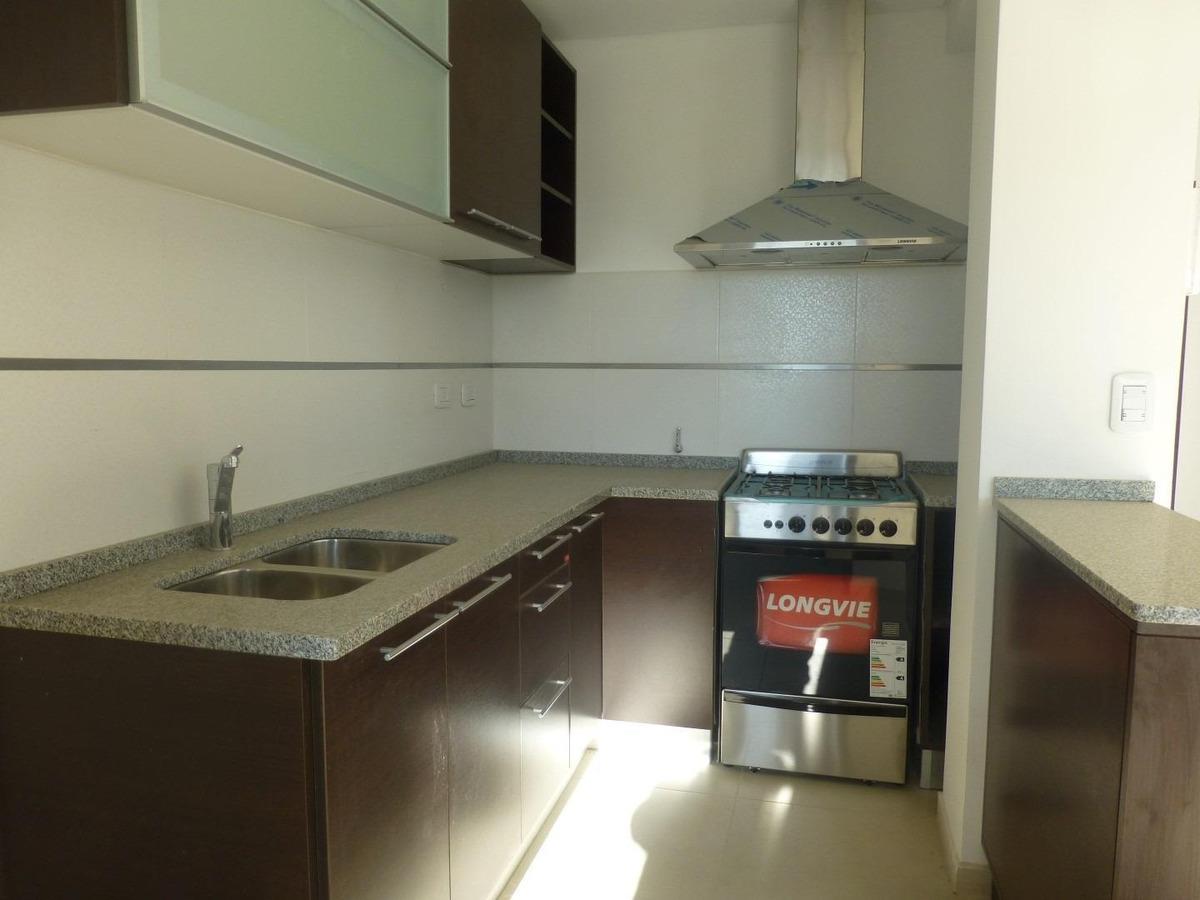 venta departamento 2 dormitorios en centro de colón