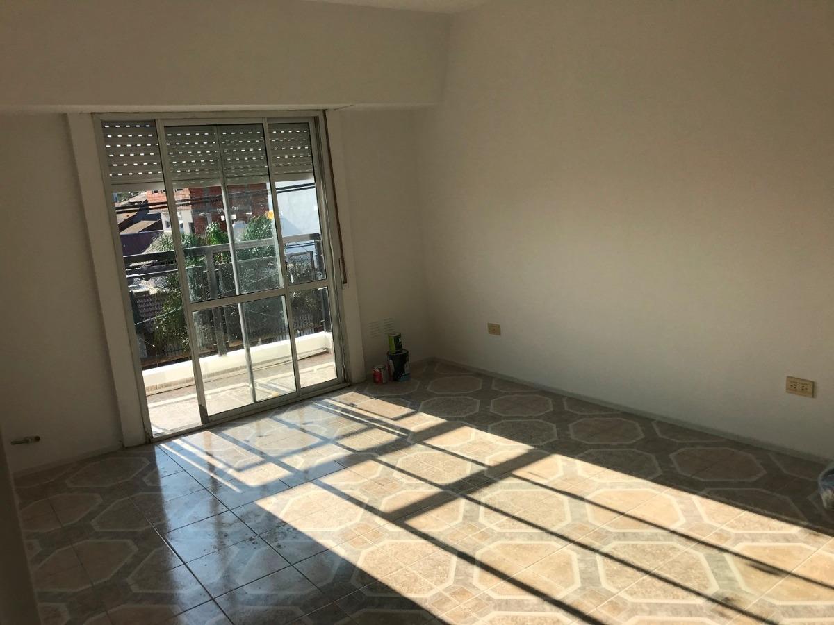 venta departamento 3 ambientes 60 m2 villa luzuriaga