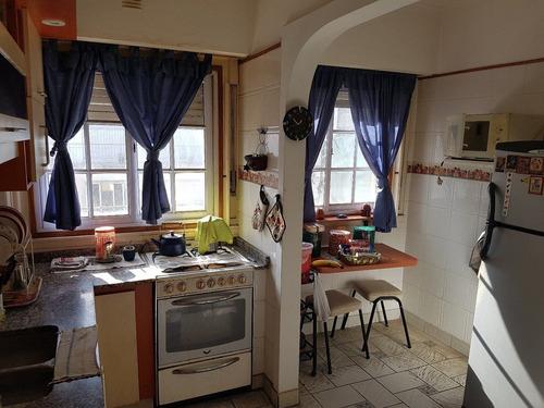venta departamento 3 ambientes a la calle balcón terraza parrilla