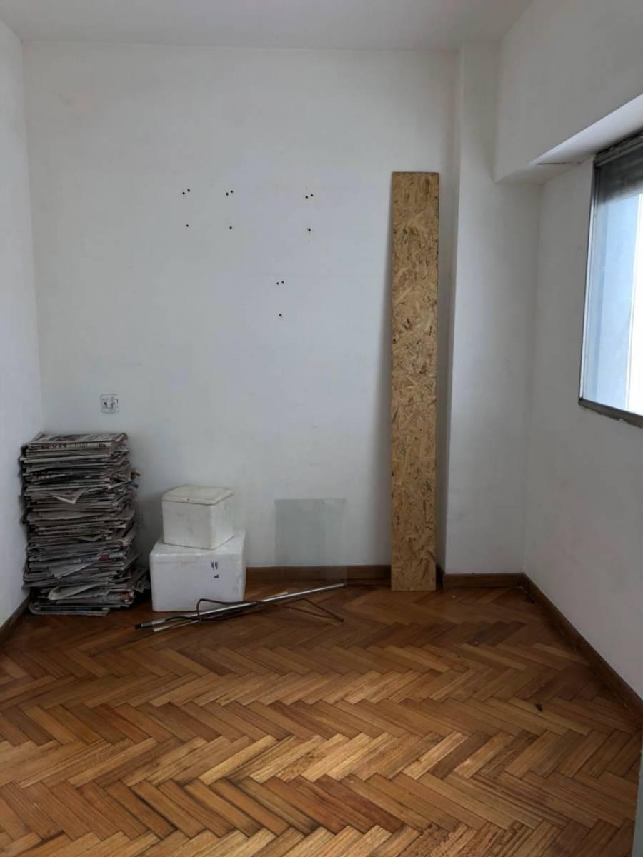 venta departamento 3 ambientes en avellaneda con dependencia