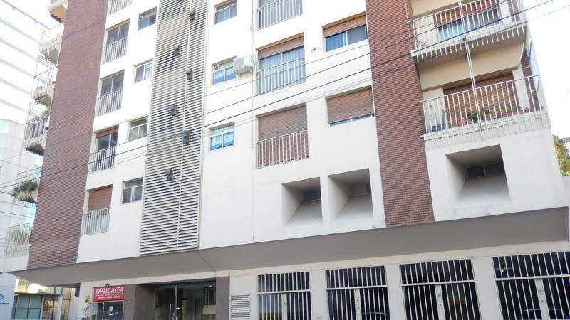 venta departamento 3 ambientes en centro de quilmes c/ baulera- apto crédito