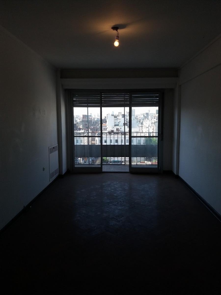 venta departamento 3 ambientes en once