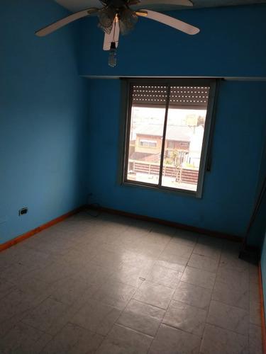 venta departamento 3 ambientes en sarandí con cochera