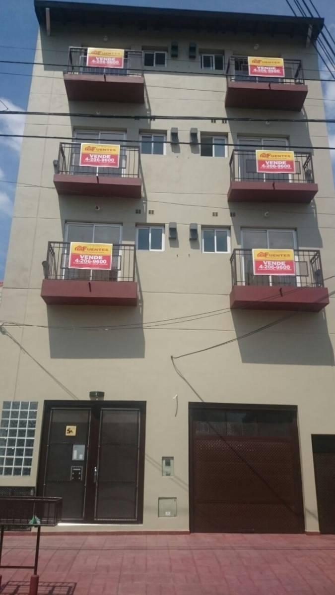 venta departamento 3 ambientes en villa dóminico con baulera