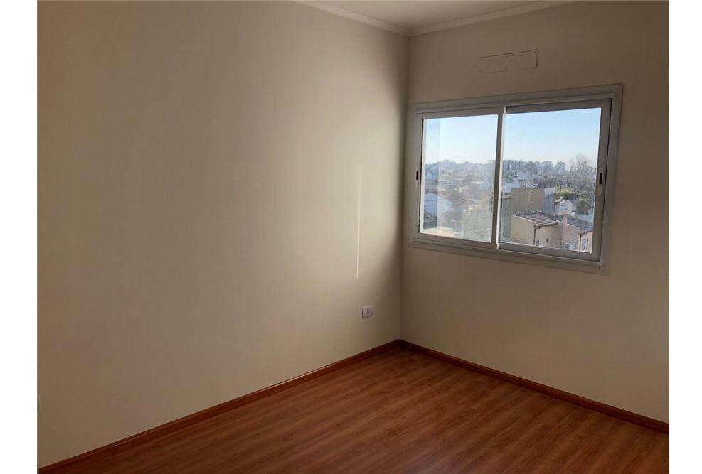 venta departamento 3 ambientes san martin!