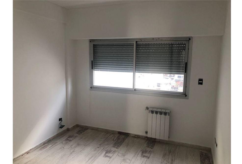 venta departamento 3 ambientes villa luro