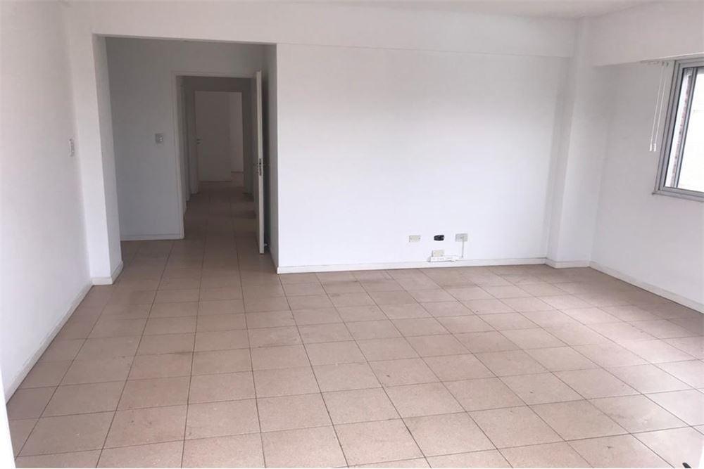 venta departamento 4 ambientes cochera versalles