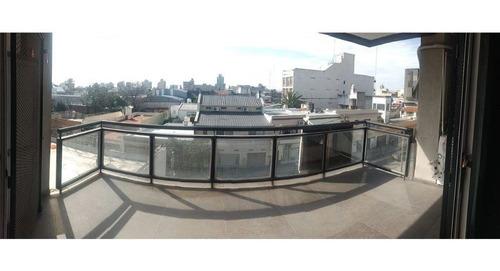 venta departamento ambientes balcón aterrazado