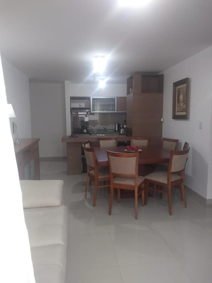venta departamento de 2 dormitorios con pileta en pleno centro, en pesos con financiacion propia!